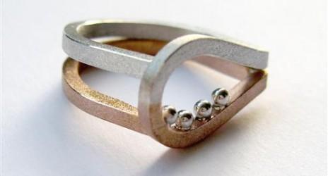Open ring voor dochter
